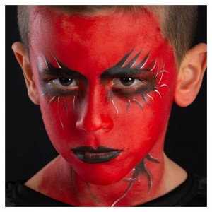 Fondotinta rosso + 4 matite...
