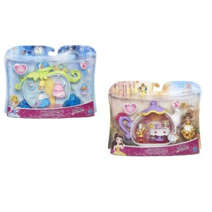 DPR Small doll playset...